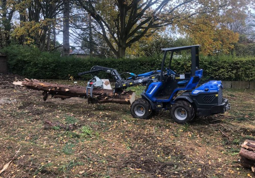 Multione 7.1 Loadall Wainwright Stump Removal